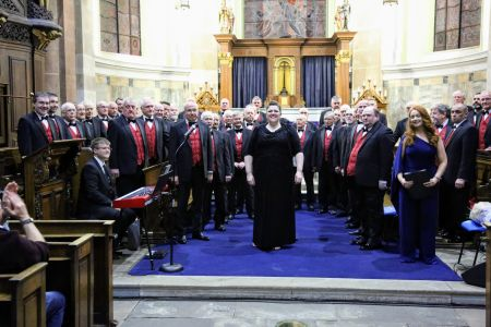 07G. Leigh and the choir enjoy the applause of the audience at St Alkmunds Church Whitchurch 23/03/19 Credit David Hewitt
