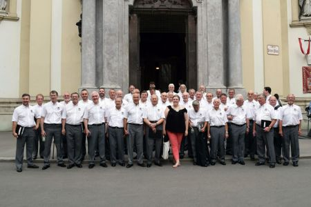 32.At St Peters Church in Vienna -11th June - just in time !
