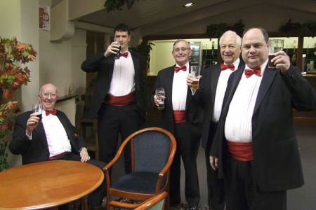 07.Barry, Matthew, Barry, Dulyn and Neil enjoy a pint after the  Burton-on-Trent Concert - 19th February