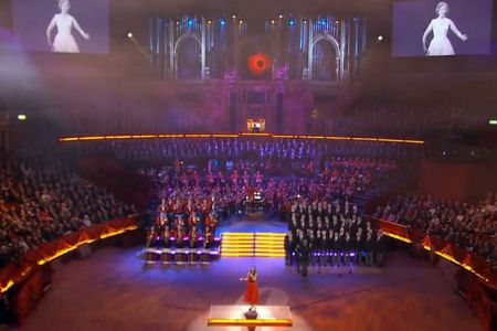 52.Performing We'll Meet Again with Hayley Westenra at the 2009 Festival of Remembrance