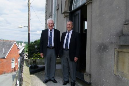 43.Founder Members Den and Gren on the steps of Seion Chapel where the Choir had its first meeting in 1947