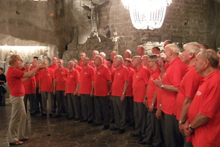 The Choir give a performance in the Cathedral in the salt mine.