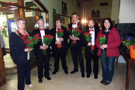 04.All the ladies attending the concert were greeted with a red rose from the Choir
