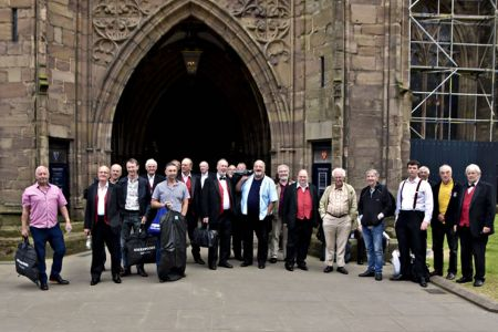 Arriving at Hereford Cathedral fir the choir's concert 24th June