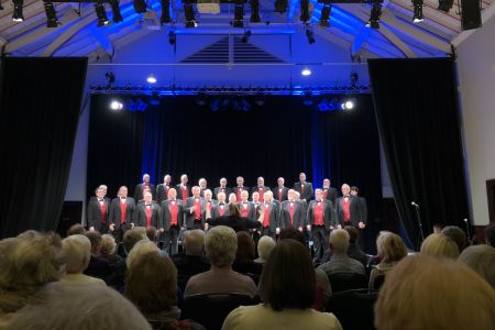 1e. The Choir on stage at Strathpeffer pavilion