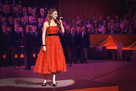 Performing We'll Meet Again with Hayley Westenra