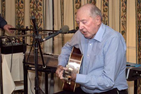 73.Glyn performs Bob Dylan
